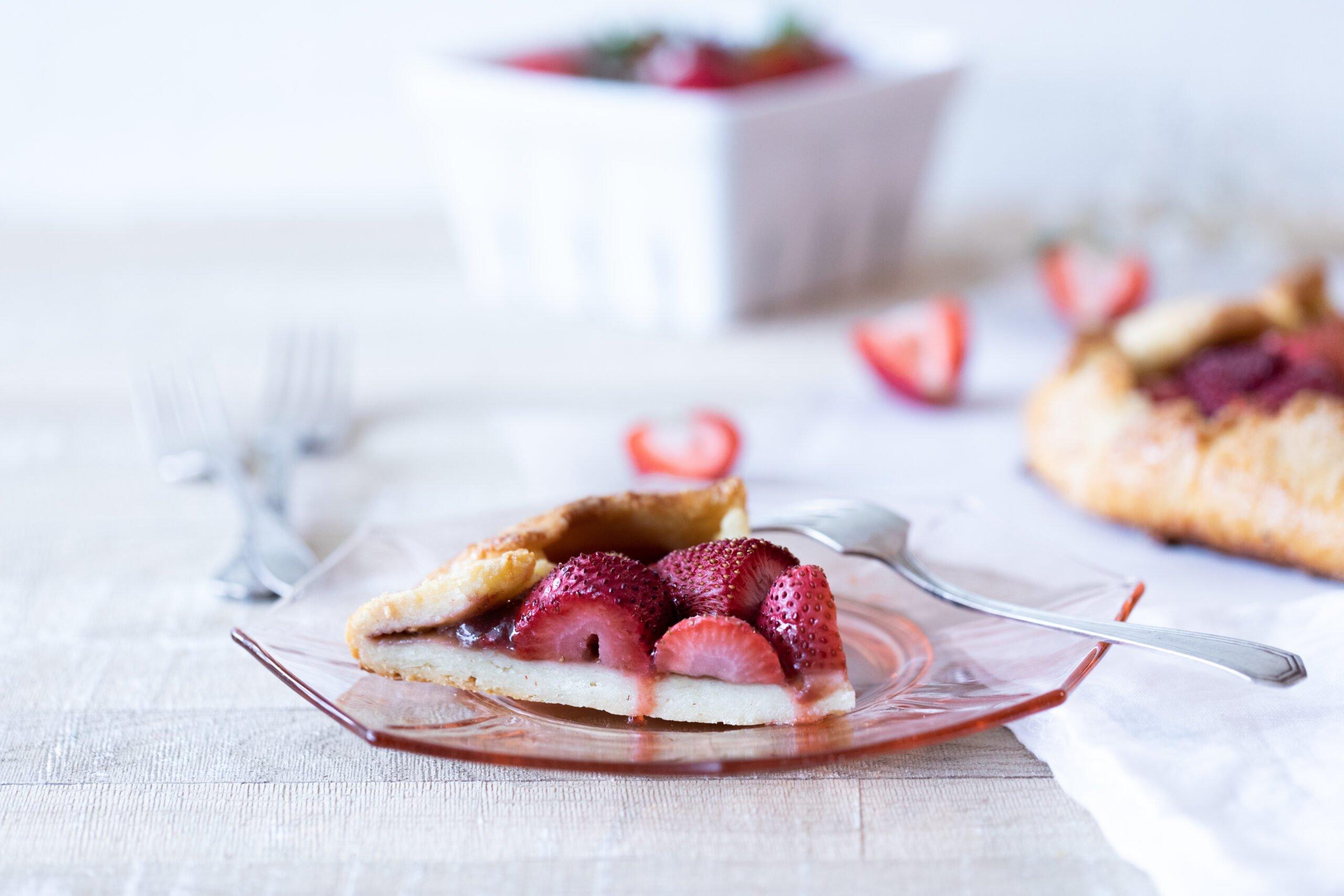 Gluten-free strawberry galette