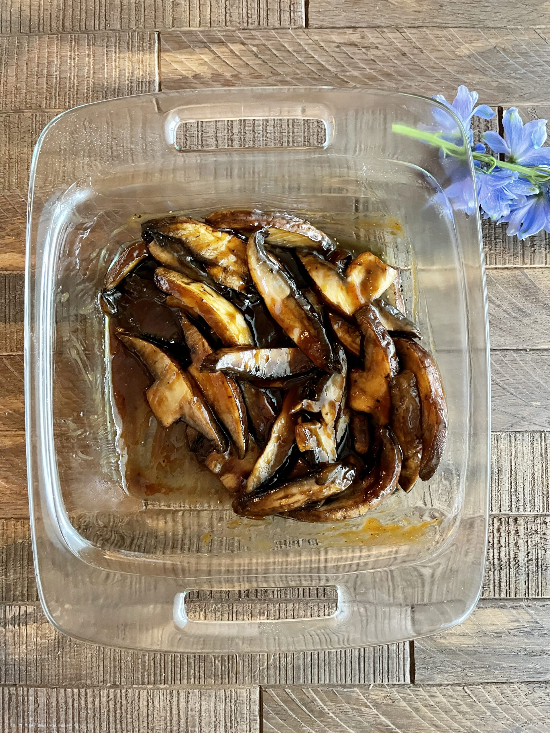 Grilled portobello mushrooms with barbecue sauce